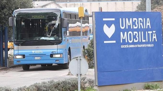 Umbria mobilit nuovo buco da 3 milioni intervista a for Umbria mobilita